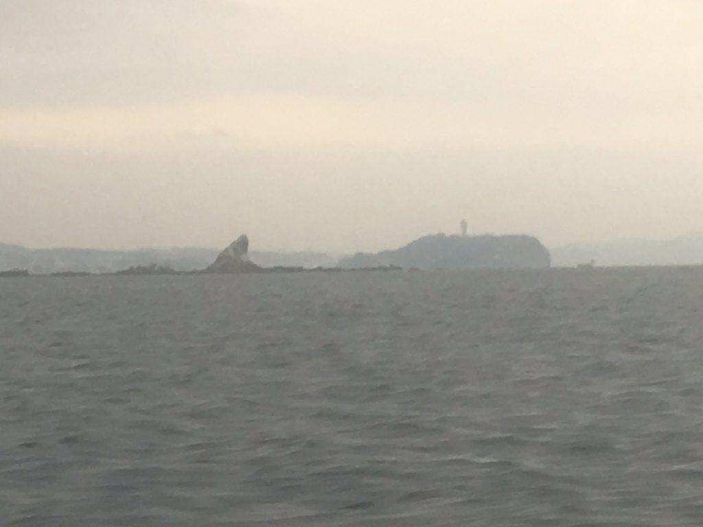 江の島、烏帽子